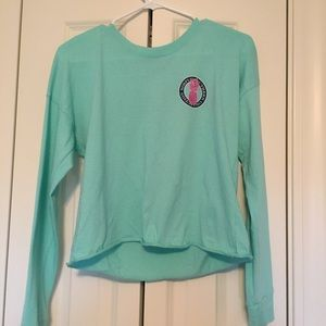 Simple southern cropped long sleeve